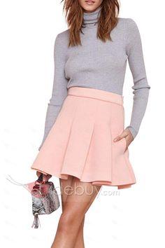 ピンクのハイウエストプリーツスカート