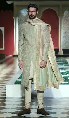 Indian Men Fashion, Royal Fashion, Mens Fashion Blazer, Fashion Outfits, Mens Kurta Designs, Wedding Sherwani, Outfit Grid, Priyanka Chopra, Indian Designer Wear
