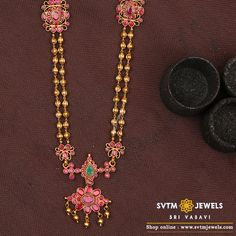 Extraordinary ram Parivar pendant in nakshi work studded with mossainites and south sea pearls hangings.Huge pendant with pure handcrafted workmanship suitable for all occasions. Light Weight Gold Jewellery, 24k Gold Jewelry, Gold Jewellery Design, Indian Jewelry, South Indian Jewellery, Necklace Online, Bridal Jewelry, Ball Necklace, Necklace Set