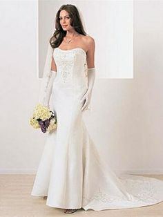 Alfred Angelo Wedding Dress Style No. IDWH1904  Our Price: $159.95 (USD) Retail Price: $999.95 (USD)  You save: $840.00 (USD)