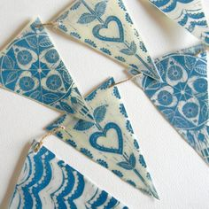 waxed paper lino print bunting by mangle prints. Interesting idea to do a print onto waxed paper. Paper Bunting, Bunting Garland, Blue Bunting, Wax Paper, Paper Art, Paper Crafts, Linoprint, Stamp Printing, Tampons