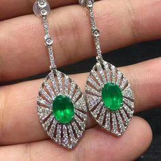 @taiwan_kunlun_jewelry - emerald diamonds earrings http://www.vanajewelries.com/product-category/necklaces/pendants/