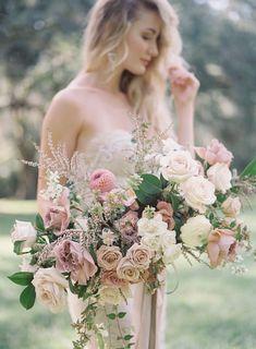 Church Wedding Flowers, Cheap Wedding Flowers, Bridal Flowers, Flower Bouquet Wedding, Blush Flowers, Flower Bouquets, Blush Bouquet, Wedding Vows, Pink Peonies