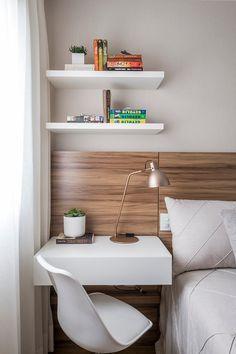 Quarto casal pequeno clean moderno escandinavo madeira