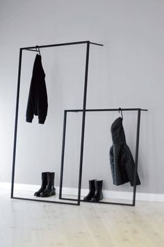 Home Sweet Home Elegant coat rack to lean on LEANO made of metal handmade in black clothes rail clot Clothes Rail, Hanging Clothes, Diy Clothes, Black Clothes, Schwarz Home, Pretty Things, Small Wardrobe, Clothing Storage, Diy Décoration