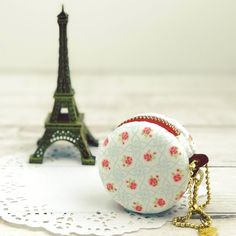 5 cm Macaron Coin Purse, Fabric Coin Purse ,Coin Pouch , Macaroon Purse, Jewellery case, coin pouch key chain by BlueRabbitHandmade on Etsy https://www.etsy.com/sg-en/listing/477426459/5-cm-macaron-coin-purse-fabric-coin