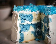 Breaking Bad Cake (17andbaking.com)