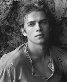 Hayden Chirstensen... Just dreamy...<3