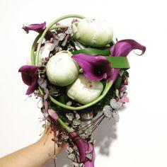 Hochzeit - Braustrauß mit Bauernrose und violetter Calla