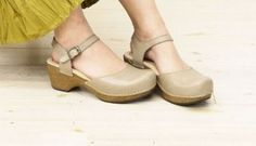 Stylish Summer shoes for ladies with bunion