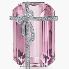 Tiffany... Wonder if I will find this in my stocking?! Lol!