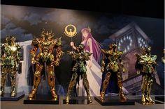 Veja as doze armaduras de ouro em tamanho real dos Cavaleiros do Zodíaco exibidas no evento japonês Complete Work of Saint Seiya.