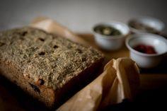 Semínkový chléb s psylliem – Vylizanytalir.cz Banana Bread, Food, Tortillas, Fitness, Mince Pies, Essen, Meals, Yemek, Eten