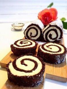 Chokladrulltårta med italiensk marängsmörkräm - Victorias provkök