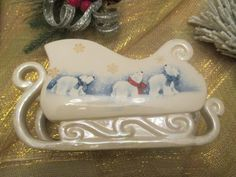 Christmas Sleigh Candy Dish. The Bear Family Sleigh with Pearlised Accents ,Winter Home Decor. Holiday Centerpiece.