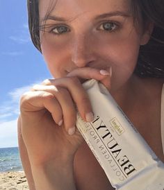 Marine Collagen Protein Bars #BEAUTYfood the perfect bikini ready snack! #beachbabe
