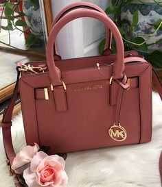 michael kors Dillon leather Satchel on Mercari Mk Handbags, Fashion Handbags, Purses And Handbags, Fashion Bags, Leather Handbags, Replica Handbags, Runway Fashion, Fashion Trends, Trendy Purses