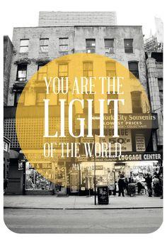 "Postkarte - You are the light, Bibelvers auf der Karte: ""You are the light of the world."" - Matthäus 5,14"