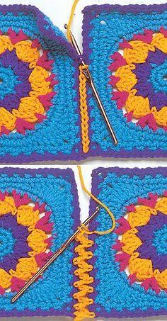 Hkelkurs fr anfnger croch passo a passo anfnger croch fr hkelkurs passo easy crochet triangle scarf Joining Crochet Squares, Crochet Blocks, Granny Square Crochet Pattern, Crochet Borders, Crochet Stitches Patterns, Crochet Granny, Crochet Motif, Diy Crochet, Knitting Patterns