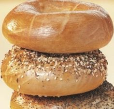 Here's the complete Manhattan Bagel vegan menu. On this vegan menu, you will find a comprehensive listing of all vegan bagels, drinks, and side options. Bakery Cafe, Fast Food Restaurant, Menu Restaurant, Dairy Free Recipes, Raw Food Recipes, Vegan Bagel, Vegan Menu, Red Lobster, Vegan Restaurants