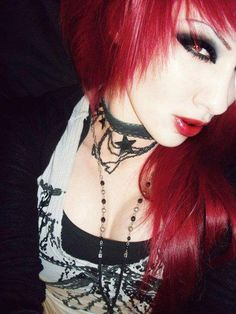 Emo Eye makeup For Emo Girls Eyes is very attractive on her personality. Emo eye makeup is very popular in teenager girl. Bridal Makeup For Blue Eyes, Blue Eye Makeup, Emo Girls, Girls Eyes, Cool Haircuts, Cool Hairstyles, Et Tattoo, Tattoos, Emo Scene Hair