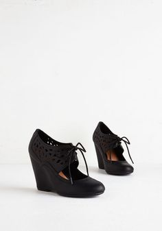Shape Up Your Day Wedge in Black. Whether youre headed out for brunch, boutiques, or martinis, you always find yourself lacing up these versatile black wedges. #gold #prom #modcloth