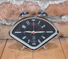 Vintage wind-up alarm clock Chinese alarm clock WHITE DOVE alarm clock Mechanical alarm clock Not working alarm China working metal clock by BerovaVintage on Etsy https://www.etsy.com/listing/286460641/vintage-wind-up-alarm-clock-chinese