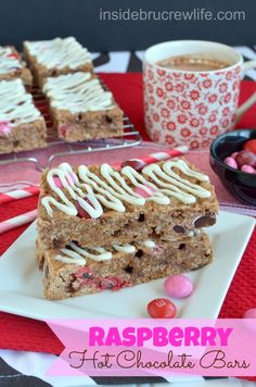 Raspberry Hot Chocolate Bars - quick and easy granola bars get their flavor from raspberry hot chocolate and raspberry M&M's #granolabars #raspberry  @Mary Beth Parker BruCrew Life
