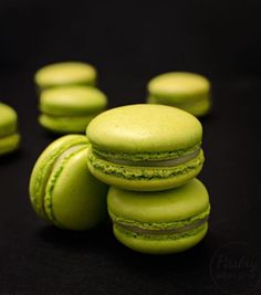 This lemon basil entremet is beyond delicious! The basil lemon mousse pairs so well with the strawberry insert that one tiny cake won't be enough! Macaroon Recipes, Dessert Recipes, Raspberry Lemonade Cake, Cocoa Butter Cream, Powdered Food Coloring, Lemon Basil, French Desserts, Macaroons, Tray Bakes