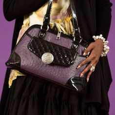 Top Bag Styles & Fashion Looks   Grace Adele.    A new brand from the Scentsy Family!  Grace Adele!!! A bag that fits YOU!   https://stacycowart.graceadele.us