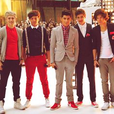 One Direction... OMG going to their concert in Cali with @kuresa Suesue!!!!!!!SO EXCITED