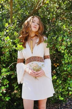She walks blindly through a field of wild flowers 🌼 The Anita Mini-Dress in Cream 🌿 Lovingly handmade by us & available online now 🧡 On… 70s Inspired Fashion, 60s And 70s Fashion, Retro Fashion, Boho Fashion, Vintage Fashion, 60s Hippie Fashion, Hippie Style Clothing, 70s Outfits, Hippie Outfits