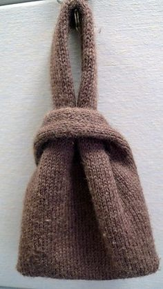 Japanese knot bag - free knitting pattern on Ravelry Loom Knitting, Knitting Patterns Free, Knit Patterns, Free Pattern, Purse Patterns, Pattern Ideas, Sewing Patterns, Yarn Projects, Knitting Projects