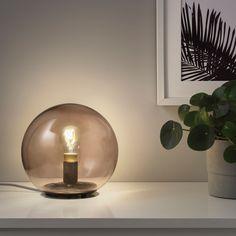 TRÅDFRI Lampadina a LED E27 250 lumen - intensità regolabile wireless luce calda, globo vetro trasparente marrone - IKEA Panel Led, Led Panel Light, Clear Light Bulbs, Old Lights, Energy Efficient Lighting, Ikea Home, Incandescent Bulbs, App Store, Led Lamp