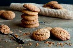 Resultado de imagen para familia comiendo galletas