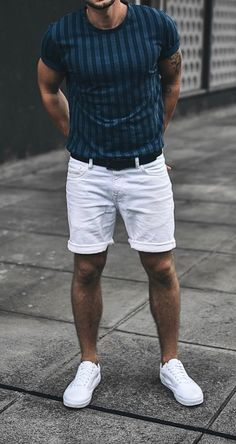 Men fashion casual 19844054593400046 - Women Love These Details In A Man's Style. It doesn't matter if you're into classic formal styles, street style, or something more casual, women will focus in key details of a man's outfit. Source by culturacolectiva Summer Outfits Men, Stylish Mens Outfits, Men's Outfits, Best Mens Fashion, Mens Fashion Suits, Men Summer Fashion, Summer Men, Mens Suits, Fall Fashion