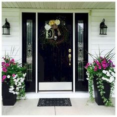 farmhouse front door entrance design ideas tips on selecting your front doors 31 Front Porch Planters, Front Door Porch, Front Porch Design, Front Door Entrance, Front Door Decor, Front Doors, Front Entry, Entry Doors, Farmhouse Front Porches