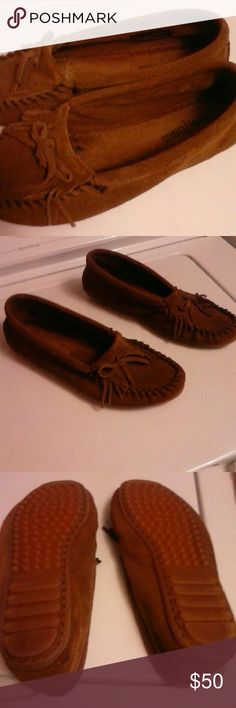 Minnetonka Moccasins New New without box. Perfect condition. Only worn in the house 2 times inside. Any questions or additional pictures, let me know. Minnetonka Shoes Moccasins