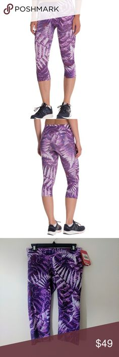 """⛰️The North Face motus capri III athletic pants ⛰️ NWT, motus Capri with regular length has zippered pocket on the back to store the key, card.  Supportive running capris with moisture-wicking FlashDry technology Wide elastic waistband for comfort and support Detailed trim stiches to support variety of movements.(hip, lower leg area, see photo 6&7). Size medium. Length 24"""". The North Face Pants"""