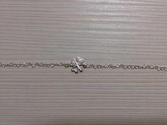 Lovely silver bracelet with Swarovski elements.