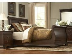 Orleans Grand Sleigh bed