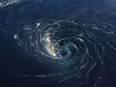 "Ultra-powerful ""black hole"" whirlpools seen for the first time in the South Atlantic -- Earth Changes -- Sott.net"