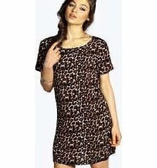 boohoo Leopard Print Shift Dress - brown azz15804 No off-duty wardrobe is complete without a casual day dress. Basic bodycon dresses are always a winner and casual cami dresses a key piece for pairing with a polo neck , giving you that effortless eve http://www.comparestoreprices.co.uk/dresses/boohoo-leopard-print-shift-dress--brown-azz15804.asp