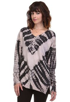 Tie-dyed sweatshirt. So comfy! Visit:www.indigobleufashion.com #fashion #bohemian #boho #indiogbleufashion