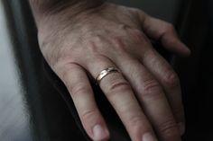 Ничто так не радует женщину, как крепкие мужские руки.