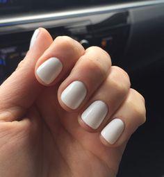 Shellac nail designs, shellac nail colors, white manicure, acrylic nails, w White Shellac Nails, Manicure Y Pedicure, Summer Shellac Nails, White Manicure, Oval Nails, Acrylic Nails, Dipped Nails, Nagel Gel, Perfect Nails