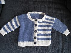 Craft Passions Source by kidzcrew Baby Cardigan Knitting Pattern Free, Baby Boy Knitting Patterns, Knitting For Kids, Knitting Stitches, Sewing Patterns, Cardigan Bebe, Pull Bebe, Knit Baby Dress, Crochet Baby