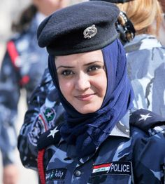 10 Most Attractive Women Police Forces in The World - Glitzyworld Iraqi Women, Idf Women, Military Women, Women Police, Female Cop, Female Soldier, Female Warriors, Female Police Officers, Girls Uniforms