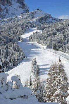 Piz Sella Selva Val Gardena / Wolkenstein in Gröden.I miss skiing