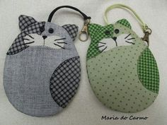 Image only but a great idea Cat Crafts, Sewing Crafts, Sewing Projects, Zipper Pouch Tutorial, Cat Bag, Cat Quilt, Key Covers, Felt Cat, Cat Pattern